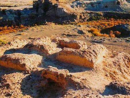 イエンブラク(焉不拉克)古墓群