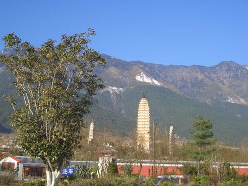 崇聖寺三塔