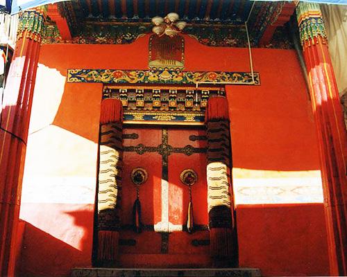 タシルンポ寺(扎什倫布寺)