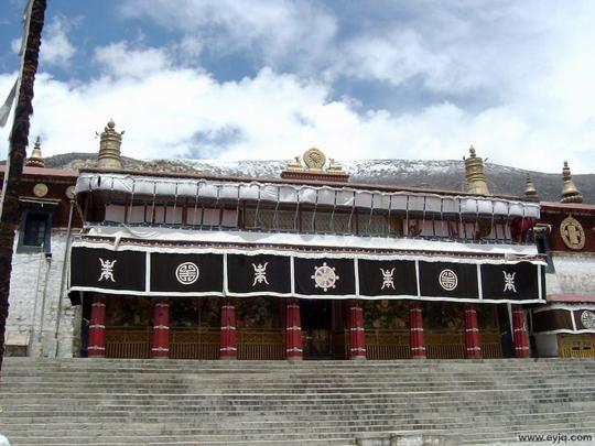 デプン寺(哲蚌寺)