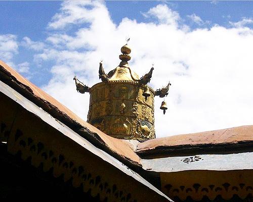 成都・ラサ・ツエタン6泊7日間 聖地天空の都ラサ満喫の旅