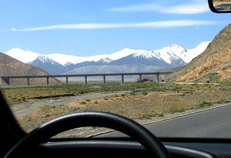青蔵鉄道で行く西寧・ラサ6泊7日間 青蔵鉄道途中風光+聖地天空の都ラサハイライトの旅