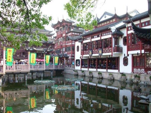 上海浦東空港往復送迎と市内1日観光 1泊2日間の旅