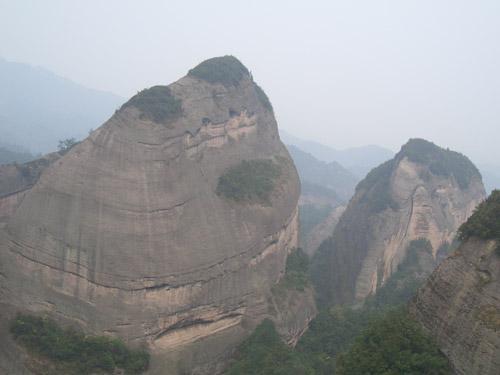 資江下りと世界遺産「八角寨」を満喫する3日間の旅