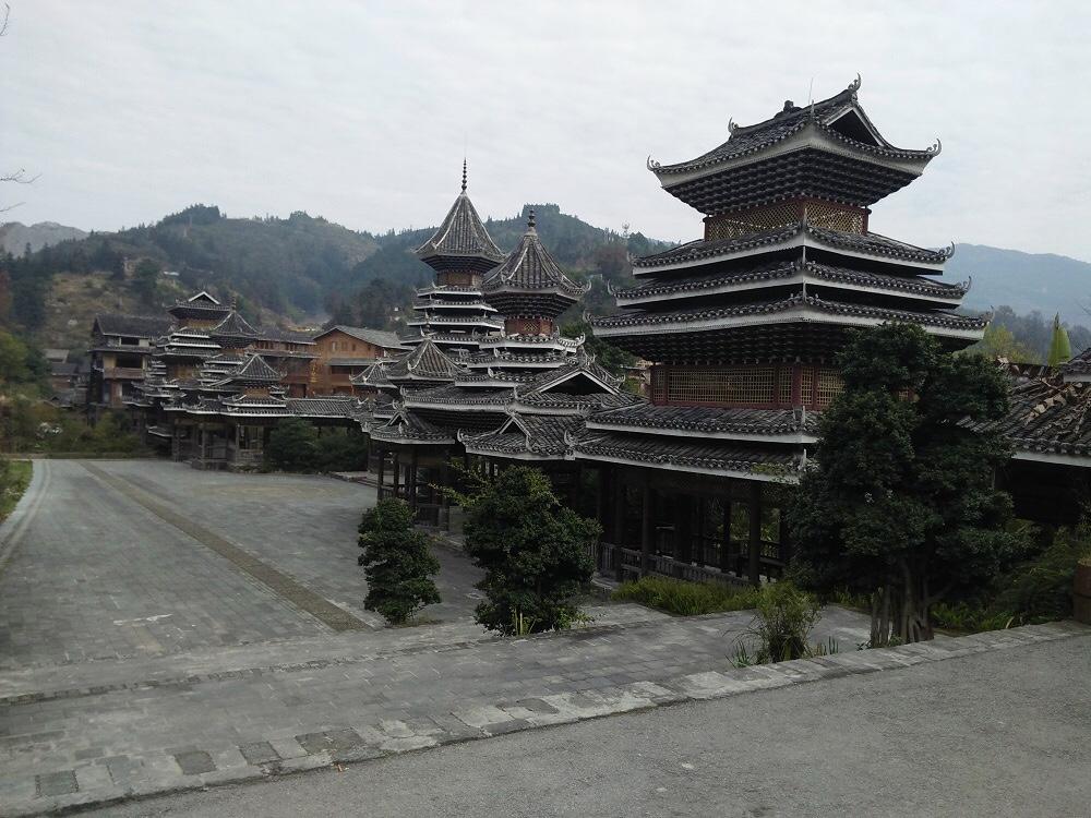 山水画の桂林、貴州神秘的な少数民族部落を訪れる3泊4日間